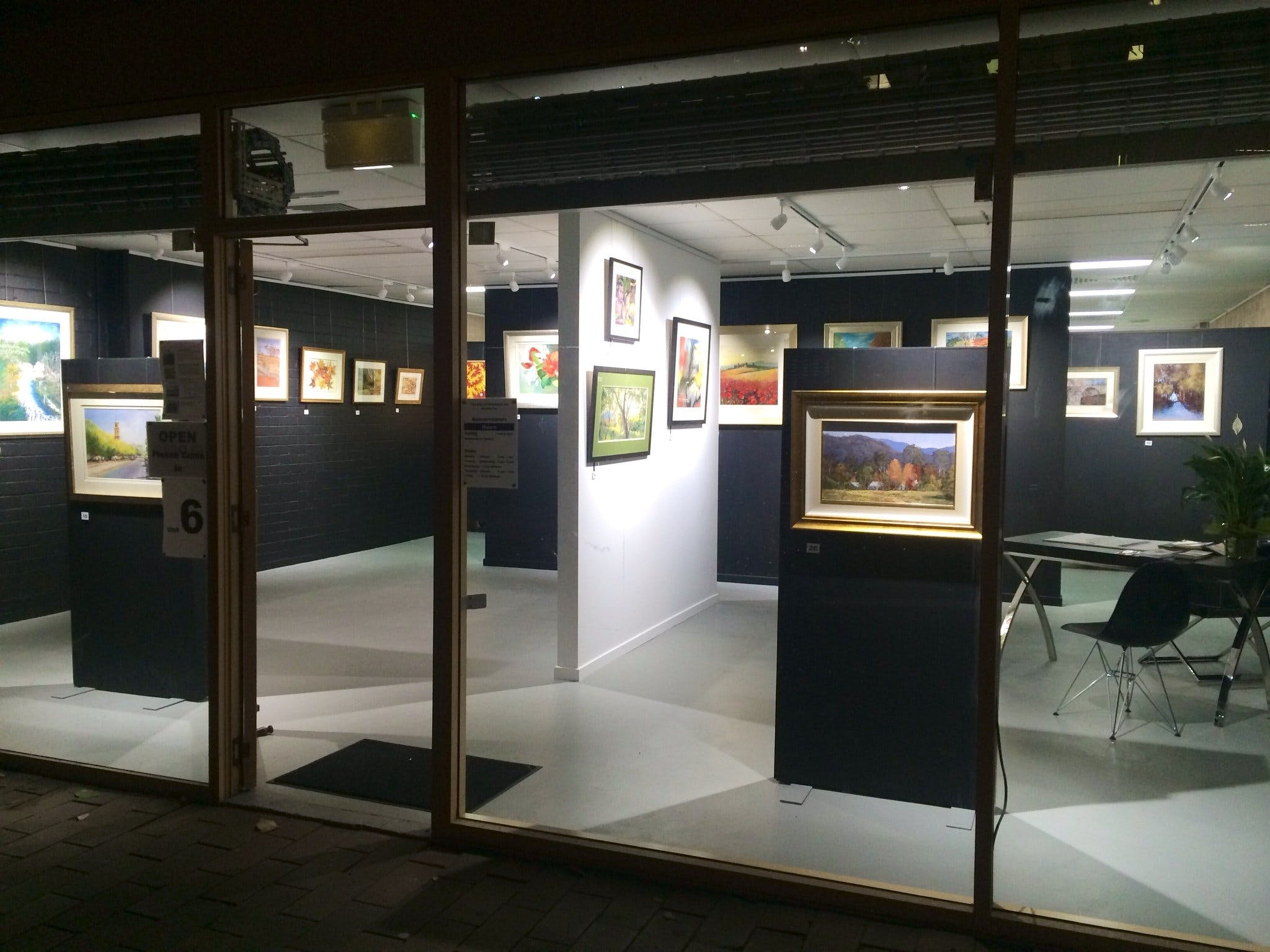 The Hunter Street Gallery of Fine Arts - Accommodation Gold Coast