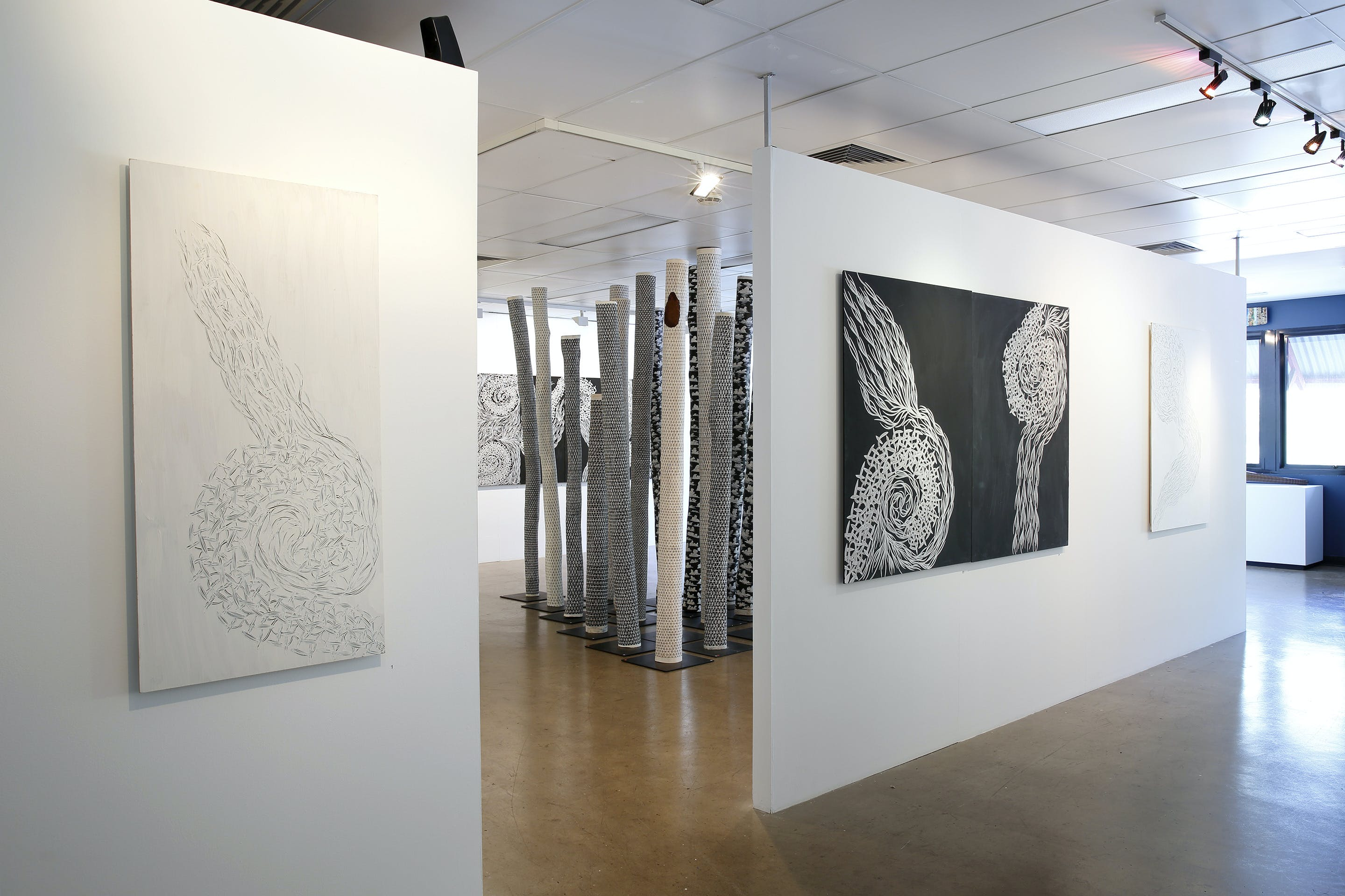 Outstation Gallery - Aboriginal Art from Art Centres - Accommodation Gold Coast