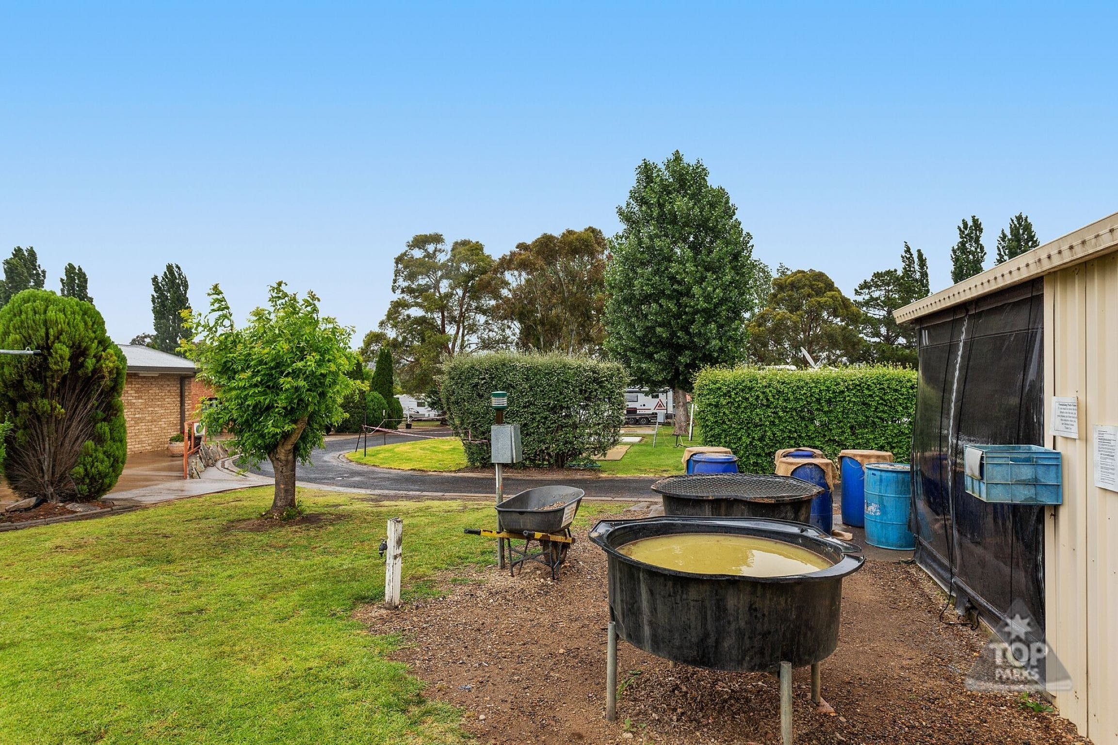 Fossicker Caravan Park Fossicking Park - Accommodation Gold Coast