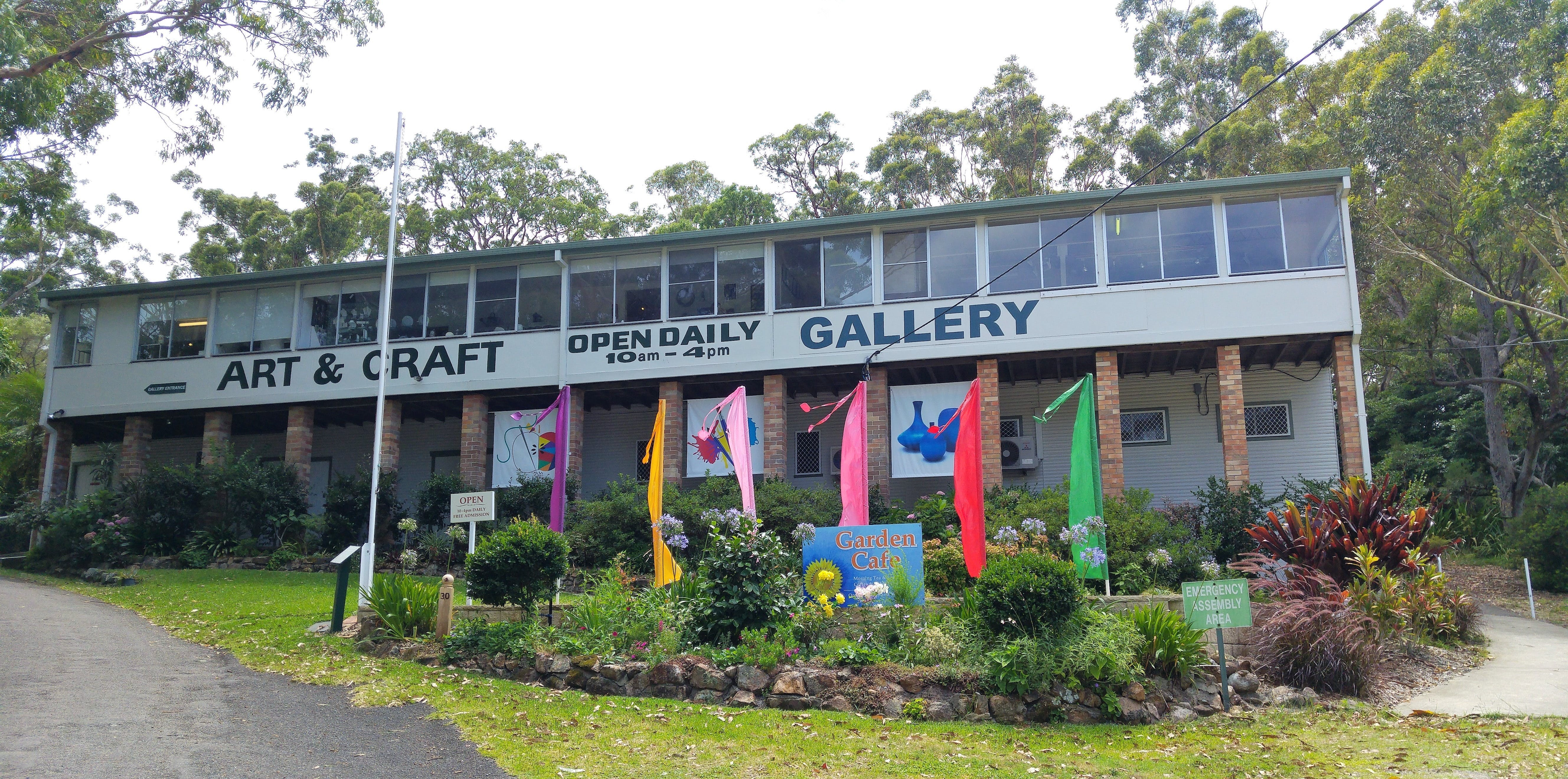 Port Stephens Community Arts Centre Gallery - Accommodation Gold Coast