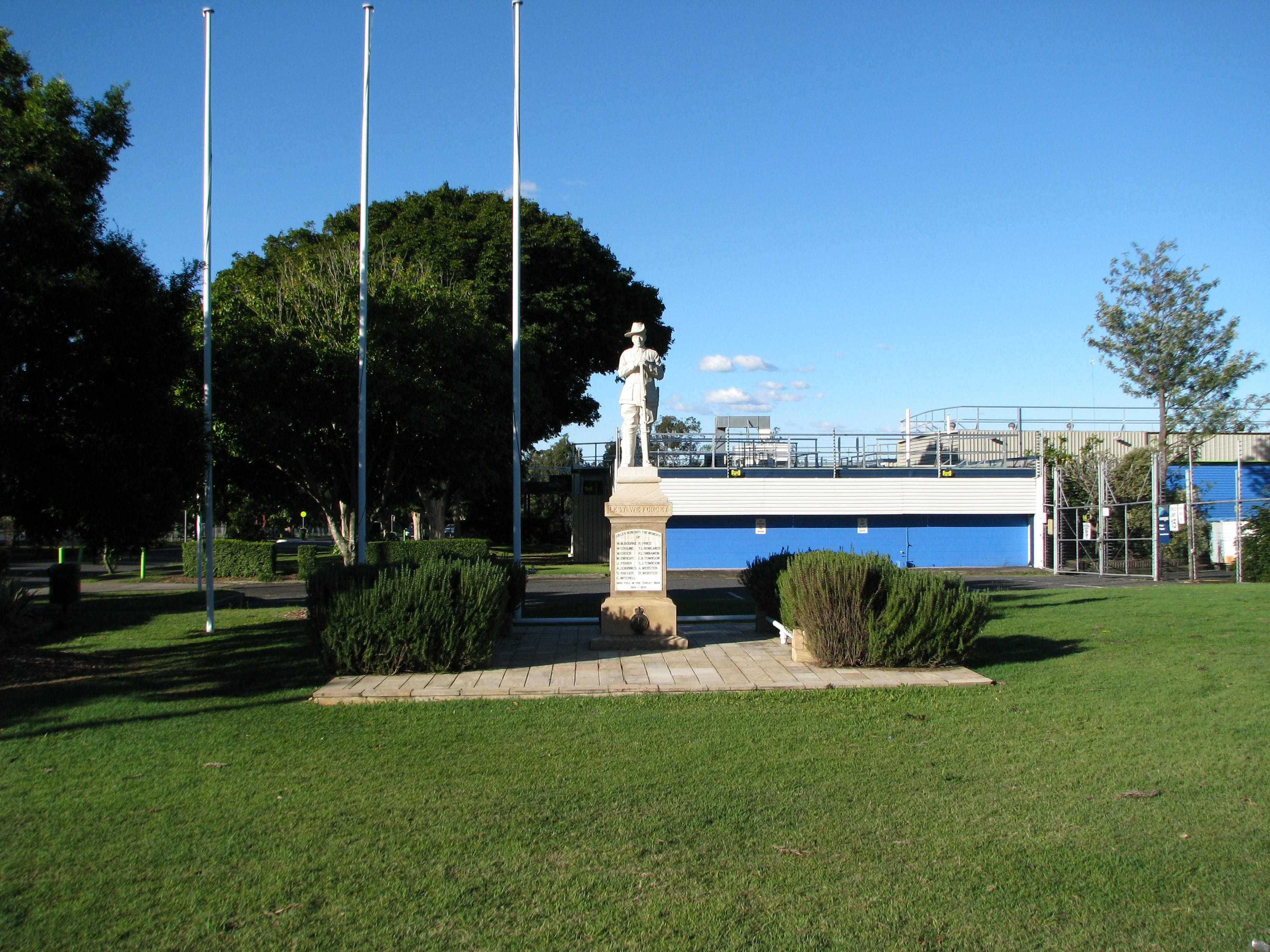 Oxley War Memorial - Accommodation Gold Coast