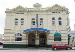 The London Hotel - Accommodation Gold Coast