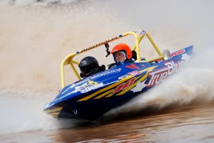 V8 Superboats - Accommodation Gold Coast