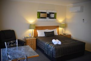 Arkana Motor Inn  Terrace Apartments - Accommodation Gold Coast