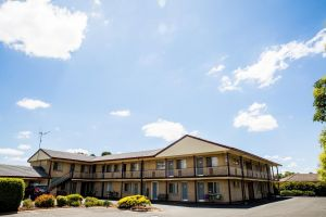 Lilac City Motor Inn  Steakhouse - Accommodation Gold Coast