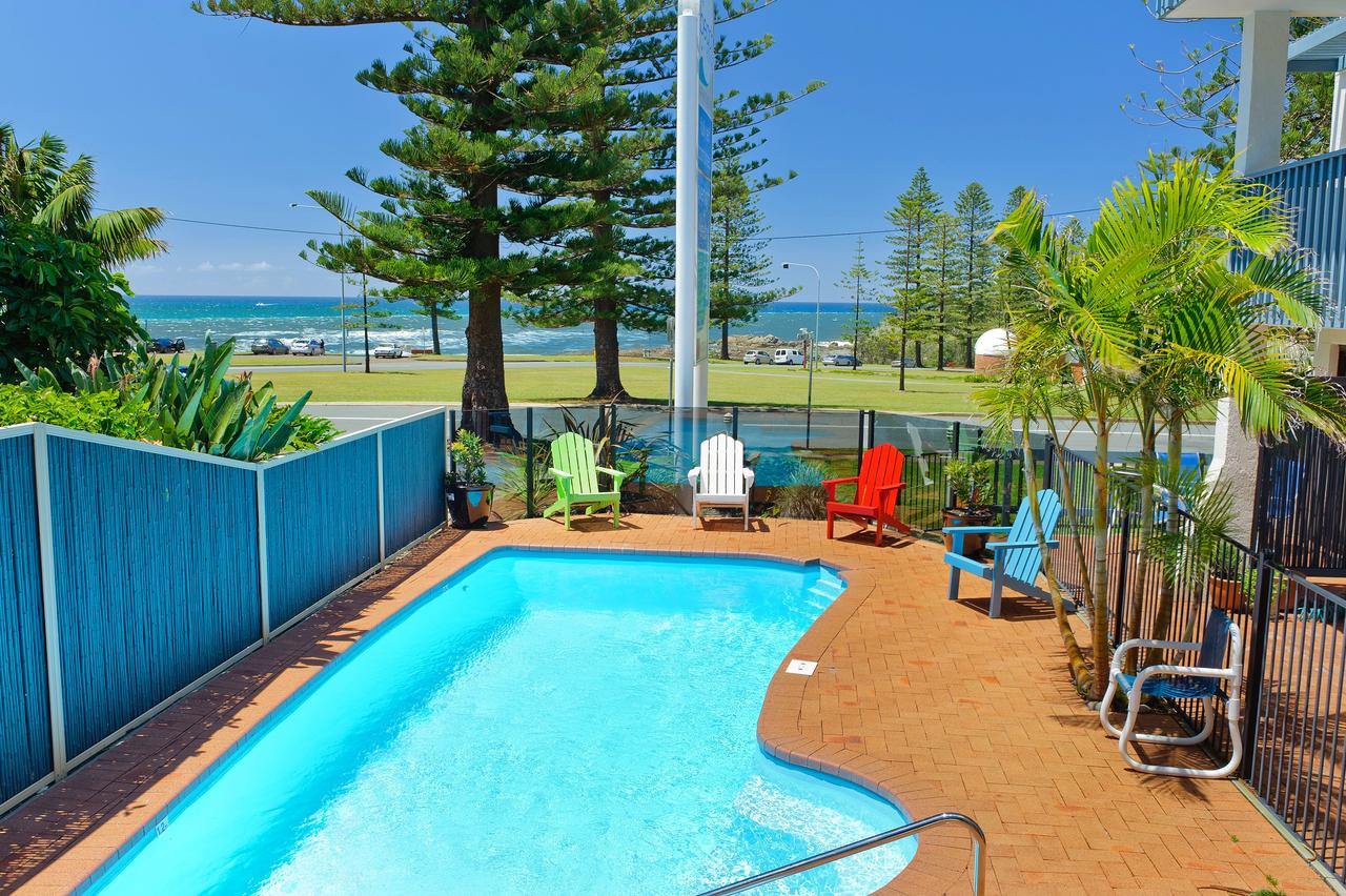 Beach House Holiday Apartments - Accommodation Gold Coast