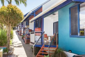 Clubyamba Beach Holiday Accommodation - Adults Only - Accommodation Gold Coast