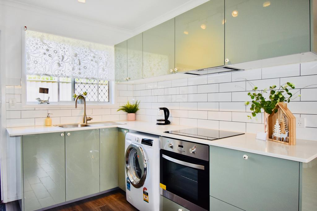 Burrows Apartment - Accommodation Gold Coast