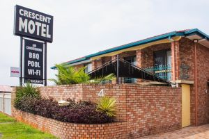Crescent Motel Taree - Accommodation Gold Coast