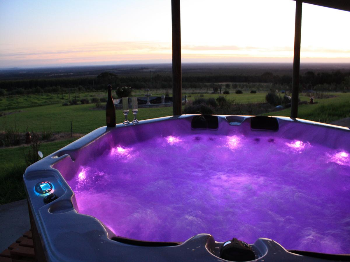 Tanen Farm - Accommodation Gold Coast