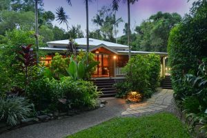 Port Douglas Valley Retreat - Accommodation Gold Coast