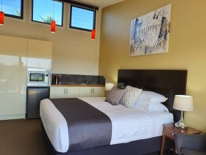 Sanctuary Hill Retreat - Accommodation Gold Coast