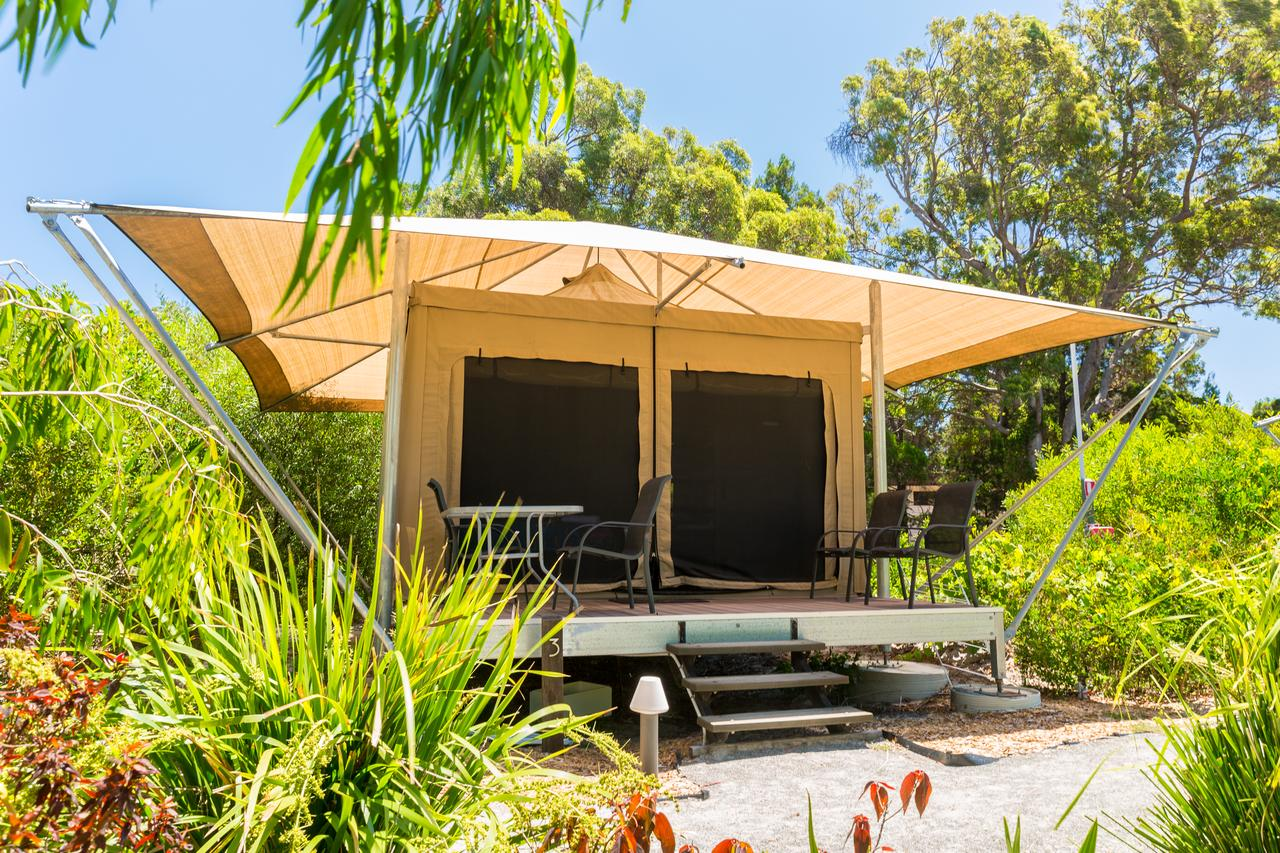 Castaways Moreton Island - Accommodation Gold Coast