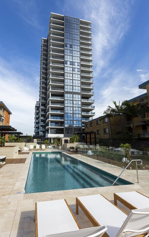 Boardwalk Burleigh Beach - Official - Accommodation Gold Coast