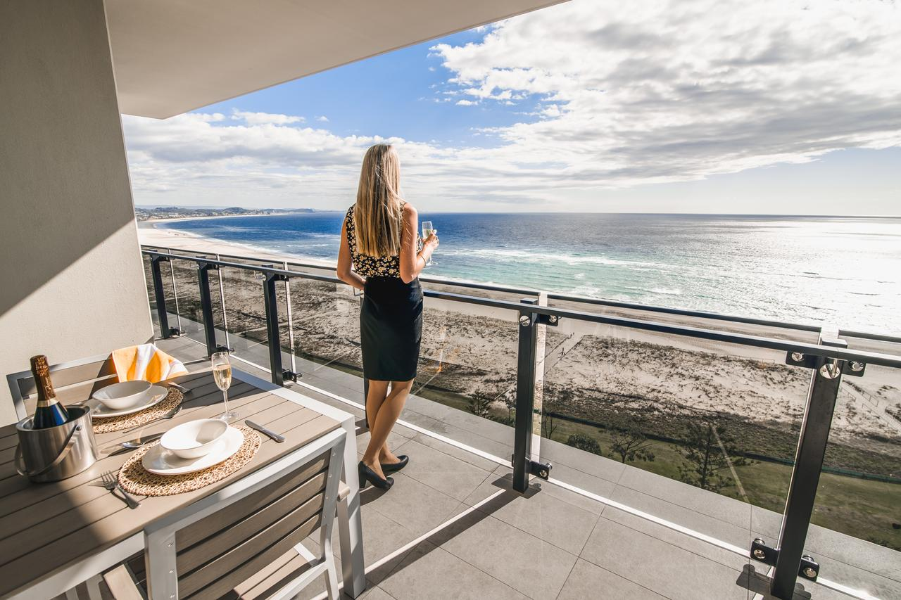 Iconic Kirra Beach Resort - Accommodation Gold Coast