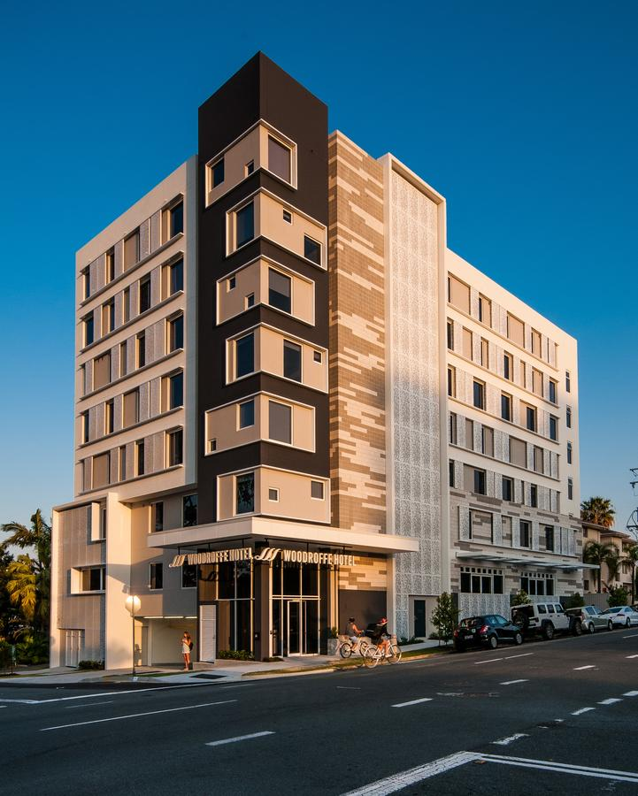 Woodroffe Hotel - Accommodation Gold Coast