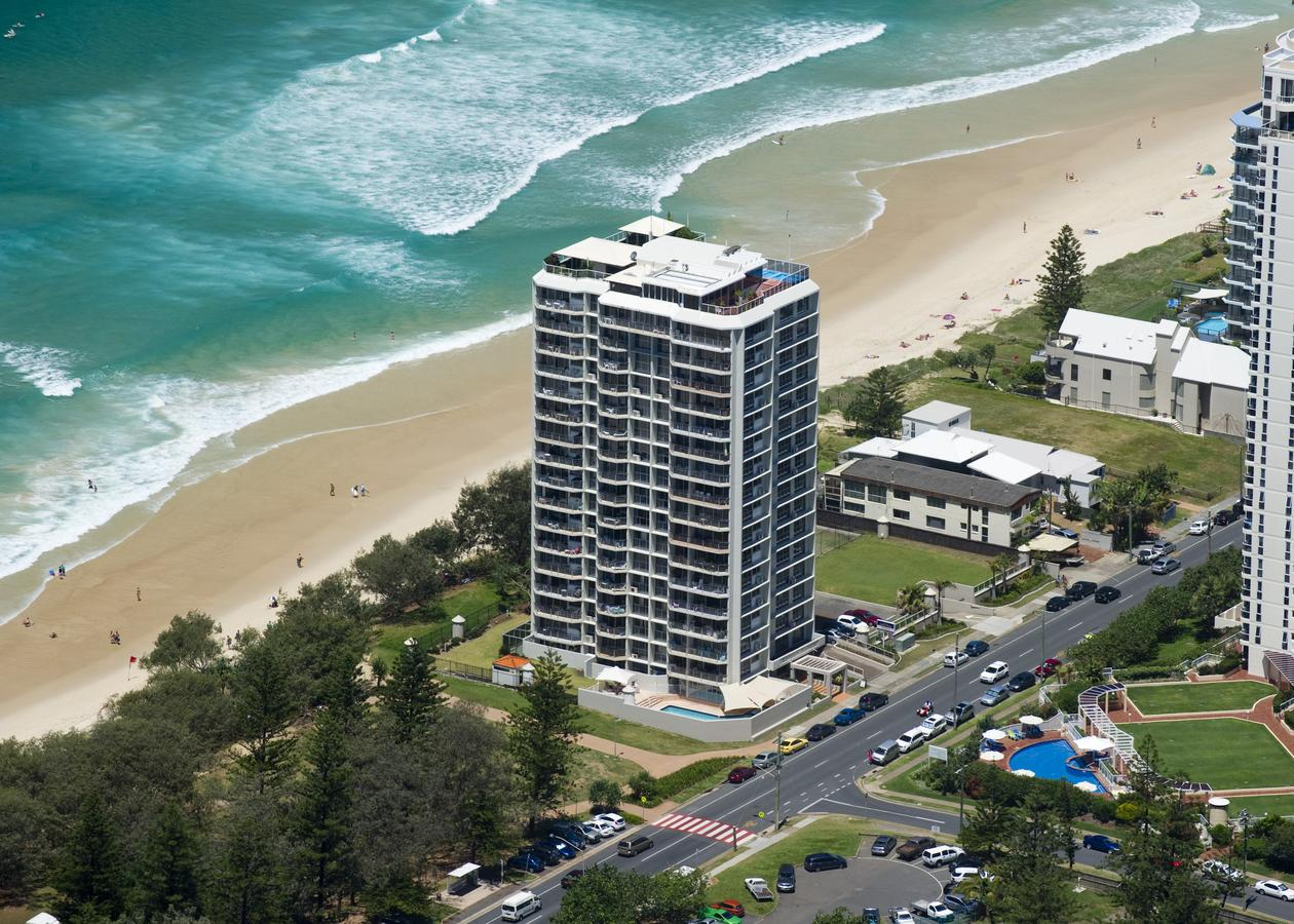 Golden Sands on the Beach - Accommodation Gold Coast