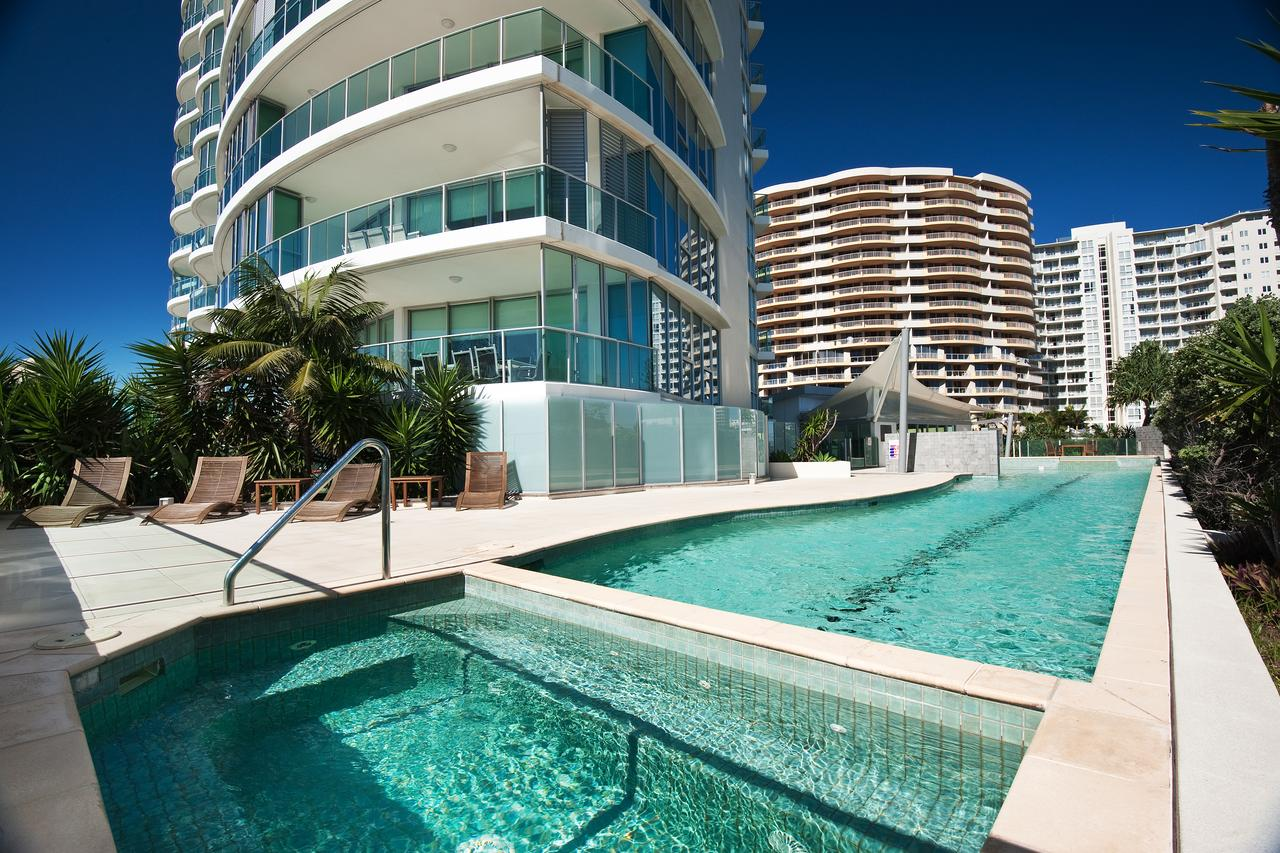 Reflection on the Sea - Accommodation Gold Coast