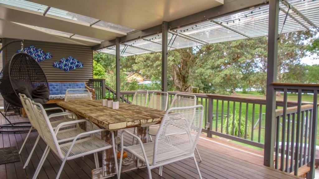 'RIVERSIDE RETREAT' 544 Ocean Drive North Haven - Accommodation Gold Coast
