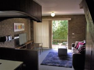A Furnished Townhouse in Goulburn - Accommodation Gold Coast