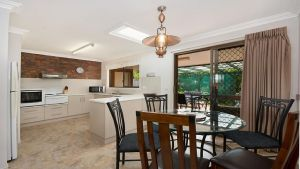 Alexander Palms - Accommodation Gold Coast