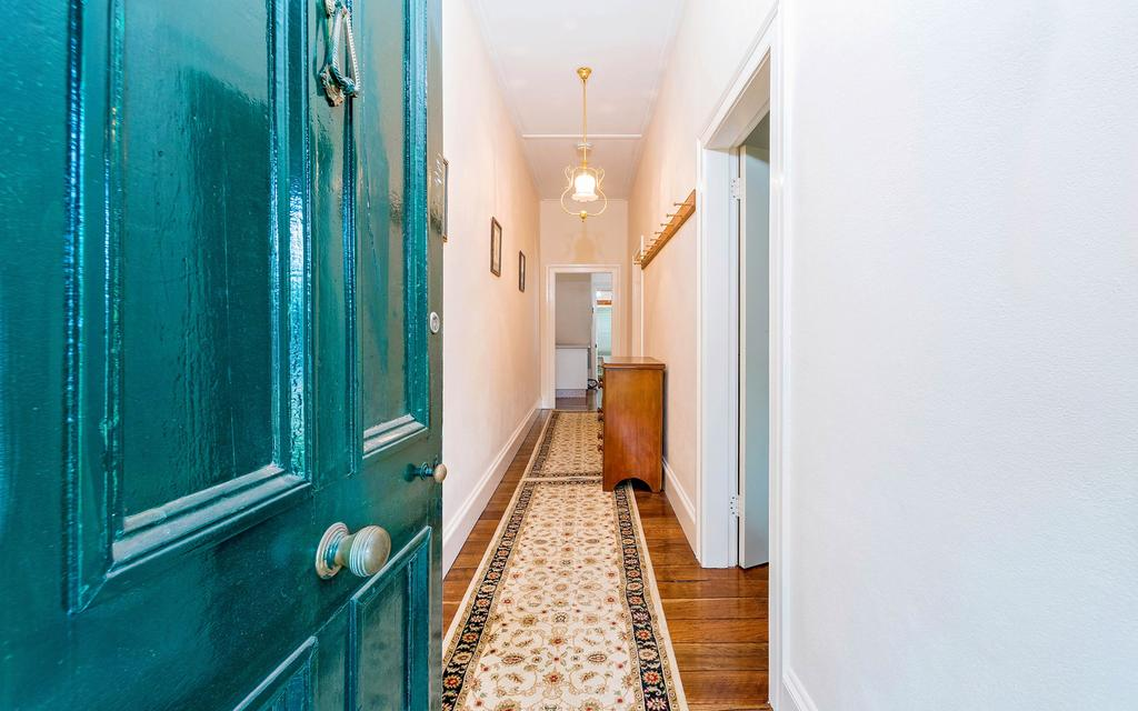Azile 1875 Heritage Victorian Duplex - Accommodation Gold Coast